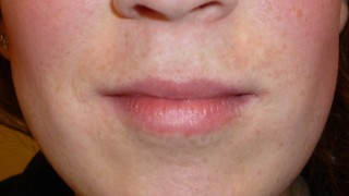 lips with soft tint look After